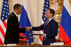 250px-obama_and_medvedev_sign_prague_treaty_2010